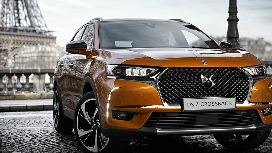 01_DS7_CROSSBACK2